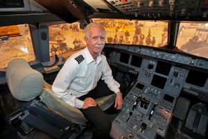 Sully Sullenberger in cockpit of Flight 1549